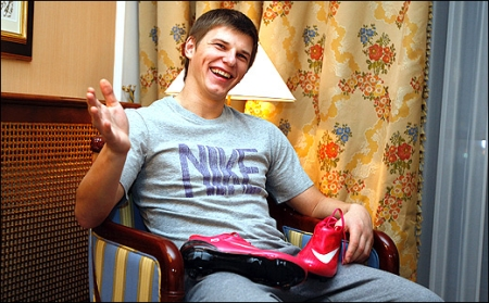 https://libymax.ru/wp-content/uploads/2009/12/arshavin.jpeg