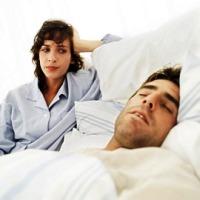 sleeps_woman_man