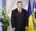 Виктор Янукович поздравил женщин с 8 Марта
