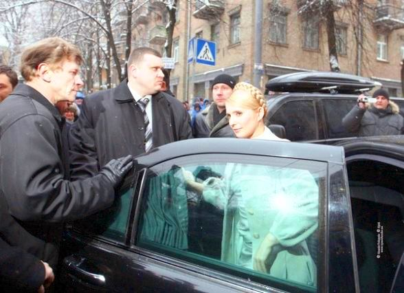 Обвинения в адрес Тимошенко на счет Мерседеса безосновательны