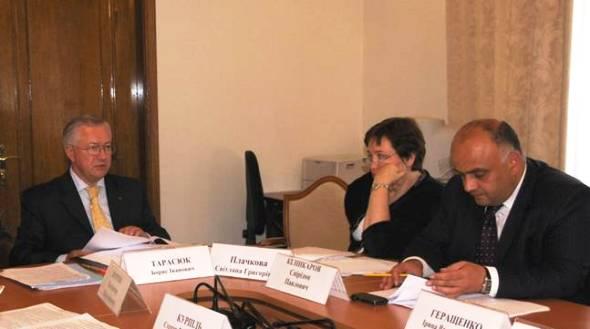 Рассмотрены законопроекты об электронной коммерции в Украине