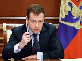 Медведев изменил состав Совета по противодействию коррупции