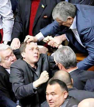 Произошедшее в парламенте предвиделось - Виктор Янукович