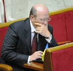 Оппозиция хочет уволить 5 судей КСУ