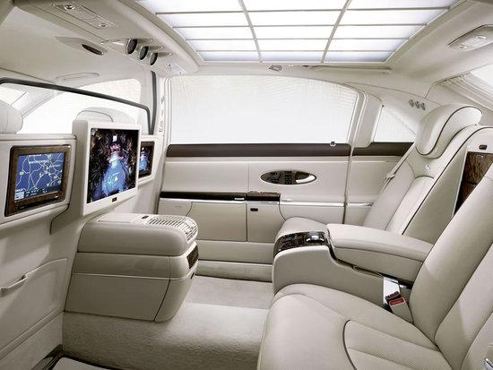 Maybach установил стандарт в сегменте эксклюзивных и роскошных автомобилей на Парижском Автошоу 2010