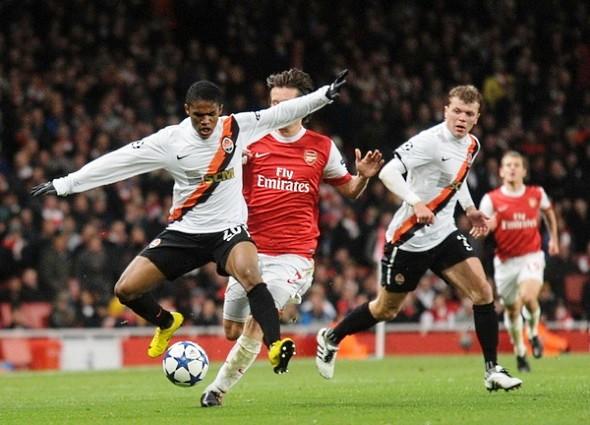 Арсенал разгромил Шахтер в Лиге чемпионов