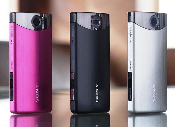 SONY анонсировала выход в продажу карманной камеры для блоггеров MHS-TS20K Bloggie touch
