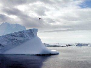 У берегов Антарктики пропал французский вертолет