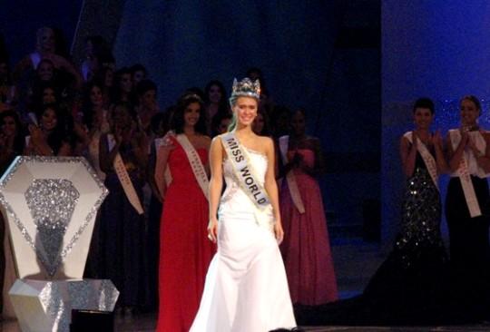 Мисс Мира - 2010 стала американка Александрия Миллс