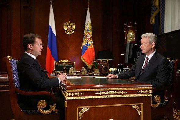 Медведев назначил Собянина новым мэром Москвы