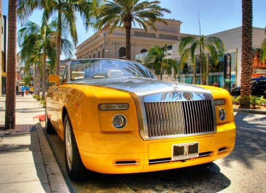 Презентован Rolls-Royce Drophead Coupe за $ 1000000