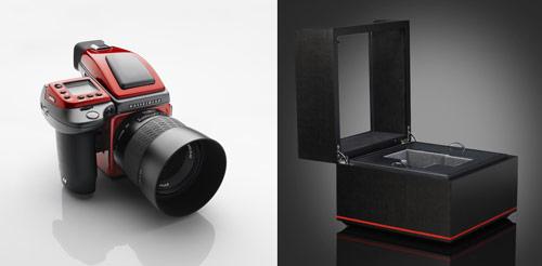Hasselblad и Ferrari объявили выход камеры H4D Ferrari Edition
