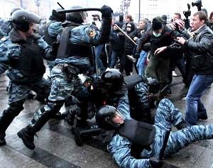 Московский бунт продолжается - дошло до убийства