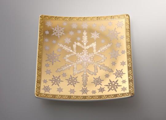 Versace презентовал коллекцию «Рождество 2010»