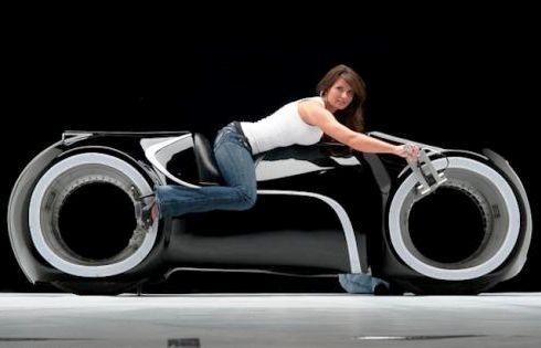 Светоцикл Tron стал реальностью за $ 55000