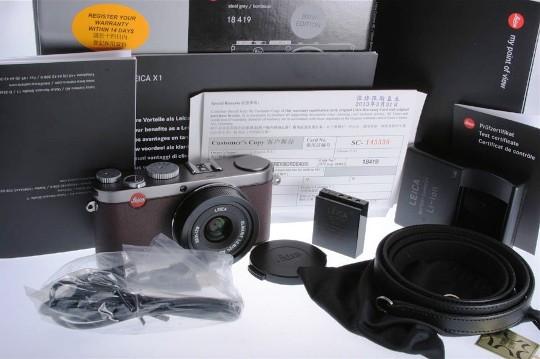 Немецкие бренды выпустили лимитированную камеру Leica BMW X1