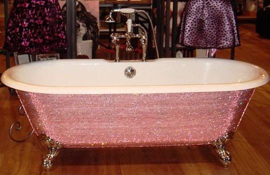 Как украсить ножки в ванной