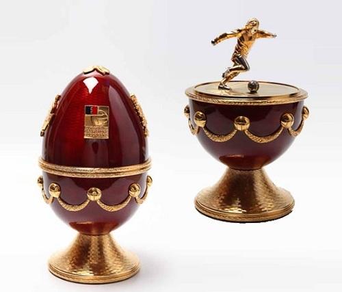 Яйца Фаберже уйдут с молотка аукциона McTear's