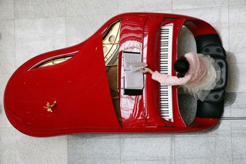 Фортепиано Rolls-Royce за $ 300 000 показали в Китае