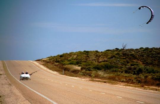 Wind Explorer - эко-автомобиль на энергии ветра