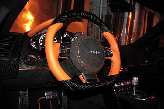 Audi R8 Hyper Black Edition - черный дьявол