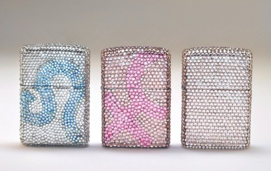 CRYSTOGRAPH украсил зажигалки Zippo кристаллами Swarovski