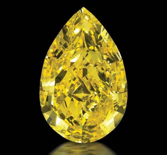 В Лондоне выставили 110-каратный алмаз Cora Sun-Drop