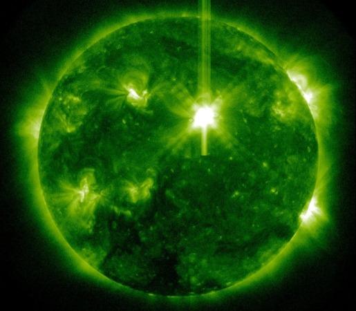 На Солнце произошла мощная вспышка класса X