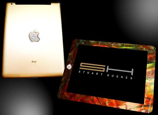 Стюарт Хьюз представил уникальный планшет iPad 2 Gold History Edition