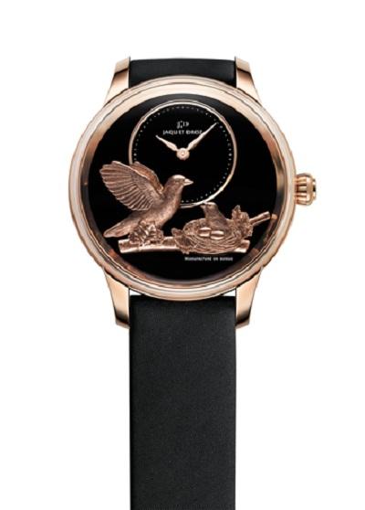 Jaquet Droz представила новую коллекцию часов Petite Heure Minute Paillonnée