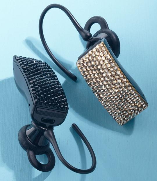 Bluetooth гарнитура с кристаллами Swarovski от Jawbone