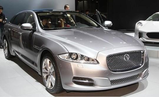 Люкс-версия Jaguar XJ V6 Diesel для Китая