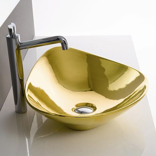 Золотая сантехника от Scarabeo