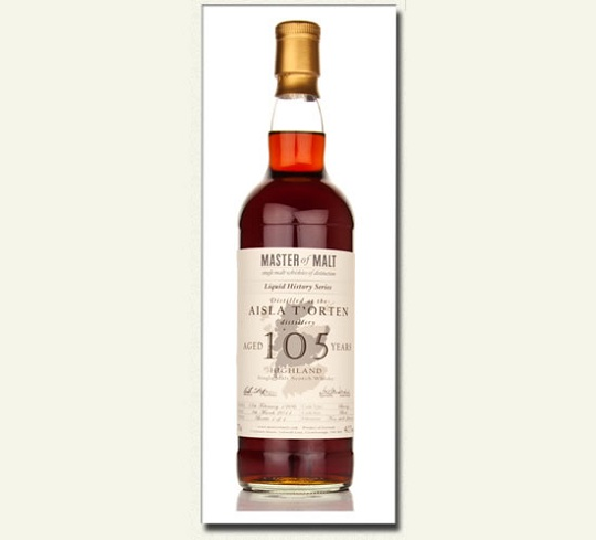Бутылка виски выдержкой 105 лет выставлена за  405 400