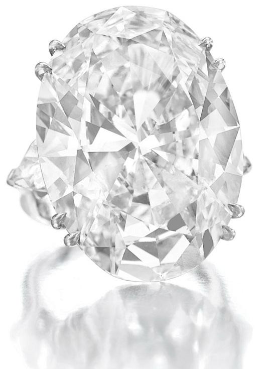 Кольцо с бриллиантом 46,51К выставят на Christie's