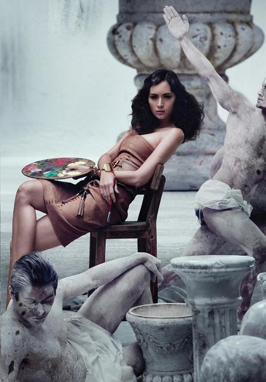 Gucci выпустил каталог женской коллекции