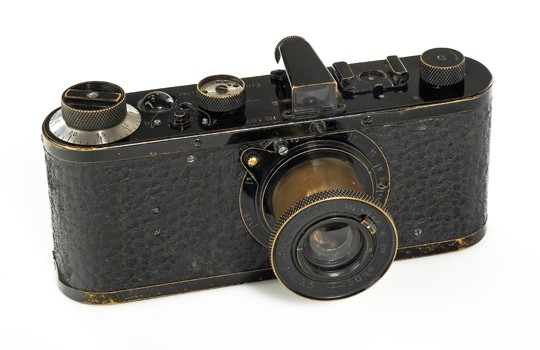 Фотокамера Leica 1923 года стала самой дорогой в мире за ,9 млн