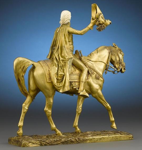 Статуэтка Бонапарта Наполеона выставлена в Rau Antiques за $ 198000