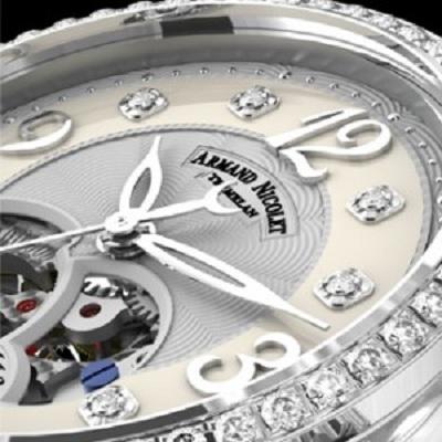 Armand Nicolet  представила женские часы в бриллиантах