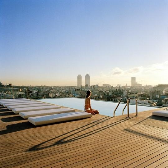 Роскошный отель в самом сердце Барселоны Grand Hotel Central