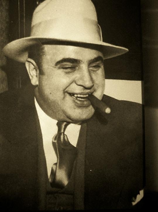 Пистолет Аль Капоне продадут на аукционе