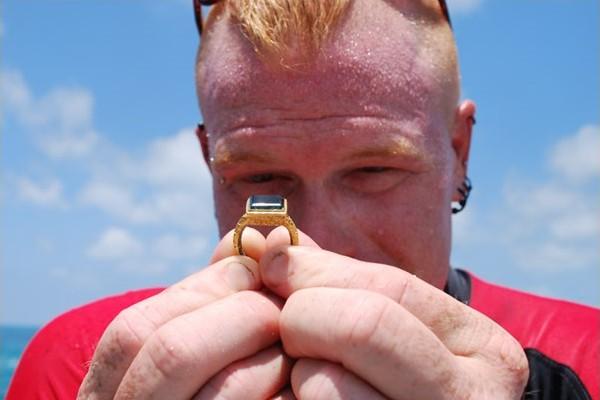 Изумрудное кольцо с галеона «Аточа» ценой в $ 500 тысяч