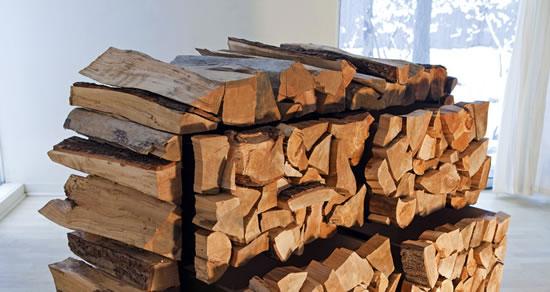 Комод из дров от Марка Московитца