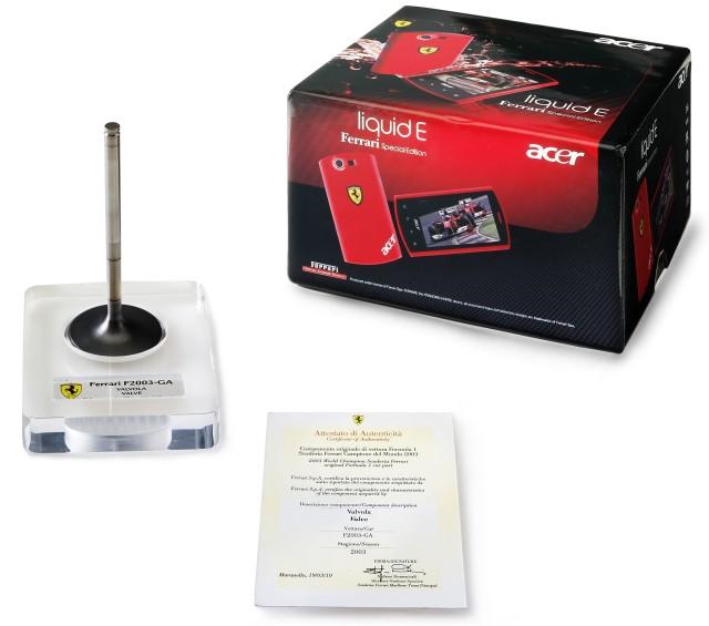 Acer Liquid E Ferrari - смартфон с чемпионским клапаном от болида F1