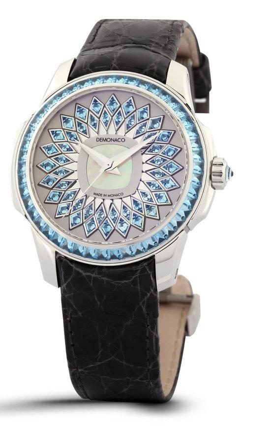 Ateliers de Monaco выпустила женскую модель часов в честь Шарлин Виттсток
