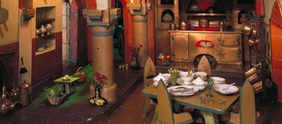Кукольный домик актрисы Колин Мур стоимостью 0 000