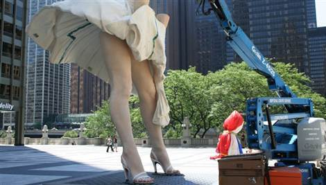 В Чикаго появилась статуя Мэрилин Монро