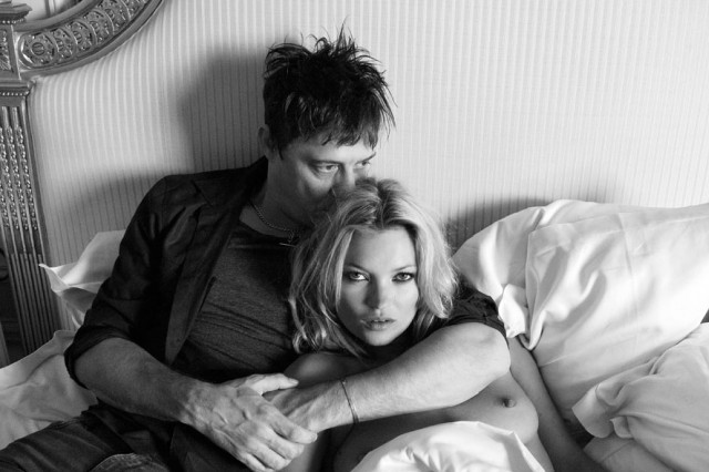 Кейт Мосс и Джейми Хинс рассекретили фото с первой брачной ночи