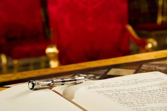 Montblac выпустила ручку в честь свадьбы Принца Альберта и Шарлин Витсток