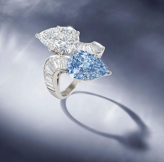 Кольцо с большим голубым бриллиантом выставят на аукционе Bonhams